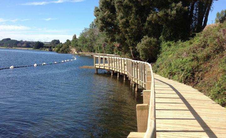 Things to do cambridge photo of the Te Awa Rriver trail karapiro section